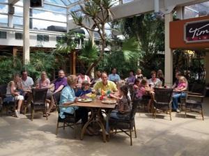Timber's Café is een uitstekend restaurant in het Park Plaza waar u kunt genieten van een heerlijke lunch