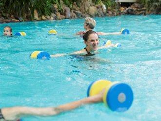 Aqua mundo subtropisch zwembad center parcs de eemhof