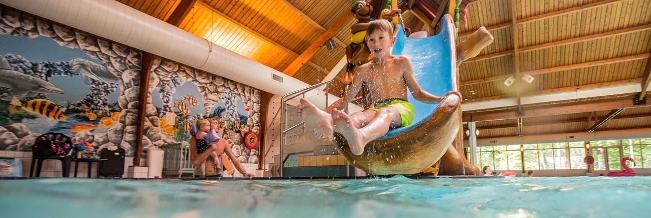 Landal parken met overdekt zwembad + peuterbad
