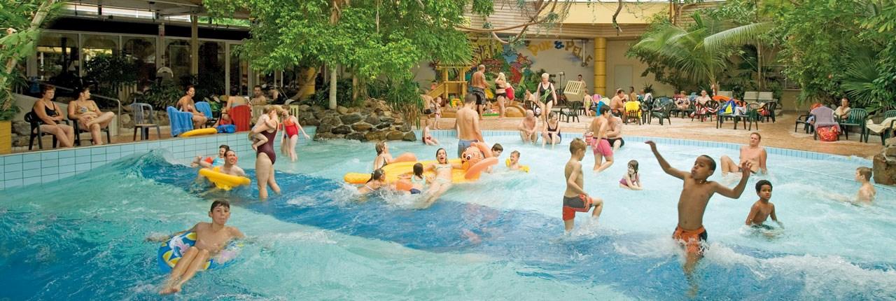 Landal parken met subtropisch zwembad + peuterbad