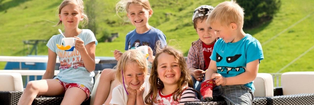Speciaal voor kinderen: Bollo Club, Fun & Entertainment-team en Kinder-Skiland
