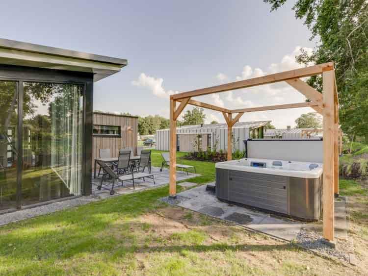 Extra luxe vakantiewoningen met jacuzzi, Landal Amerongse Berg