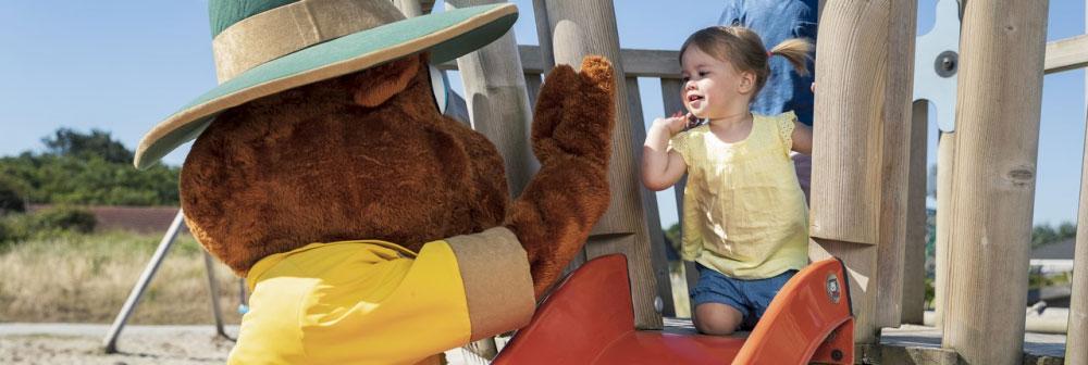 Grote kindervriend Bollo de Beer is ook aanwezig tijdens de kerstvakantie op diverse Landal vakantieparken.