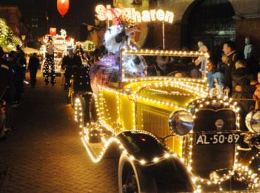 Miracle of Lights is een event waar je echt eens geweest moet zijn wanneer je verblijft tijdens Winter Slagharen. De voertuigen en de mensen van deze optocht zijn prachtig verlicht