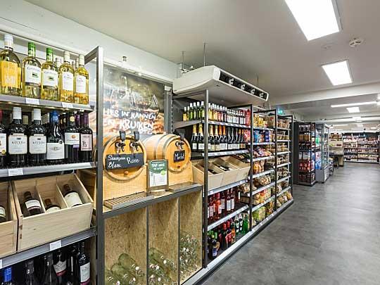 Zelf drinken tappen, zoals wijn, is mogelijk in de Parkshop